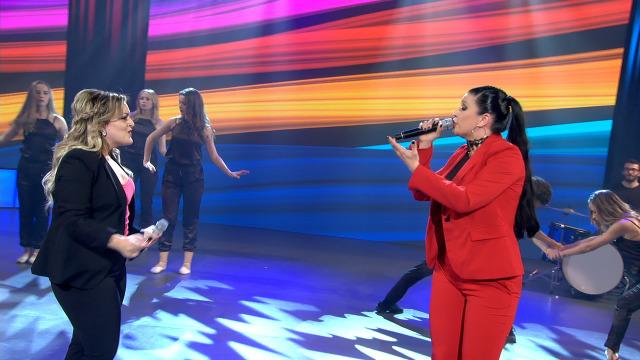 A China e Patri da Silva cantan a dúo 'Aprendiz' - 30/11/2019 01:46