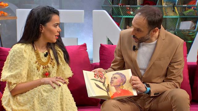 Beatriz Luengo vén ao programa para presentar o seu libro 'El despertar de las musas' - 06/03/2020 16:30