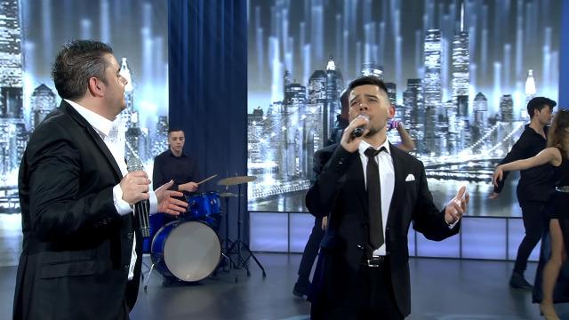 O Pérez e Alberte Suárez cantan a dúo 'Estraños na noite' - 14/03/2020 01:58