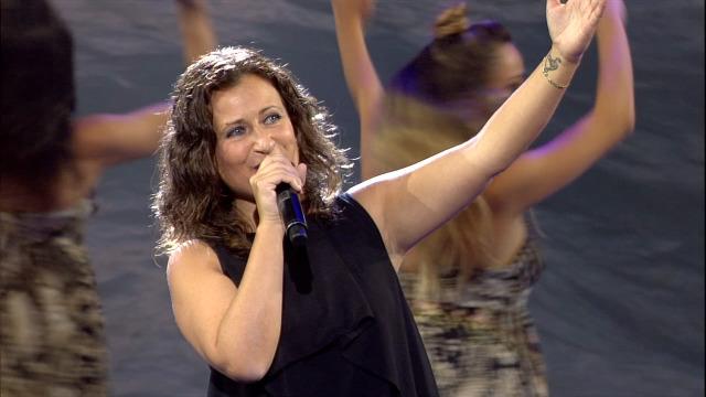 Ruth Fervenza canta 'O Sol non regresa' nos Recantos - 03/10/2020 00:38