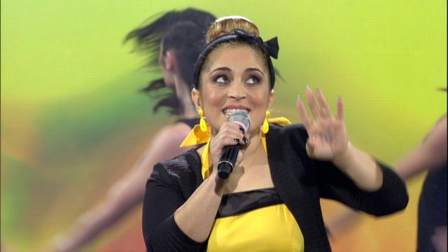 Sara Iglesias canta 'Estando contigo' nos Recantos de Ouro - 18/01/2020 01:30