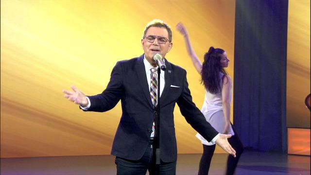 Xosé Manuel Piñeiro interpreta 'Eu preciso de ti' - 08/05/2020 22:00
