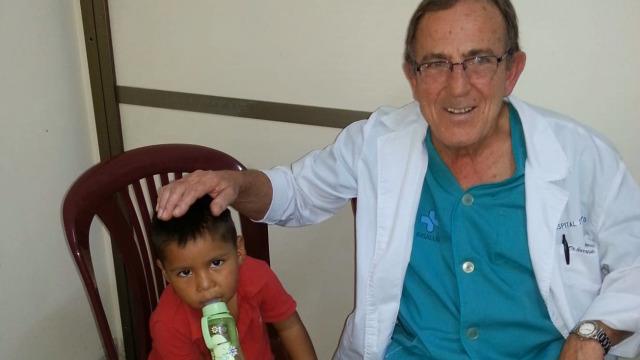 Manuel Garrido Valenzuela, médico solidario - 20/04/2019 15:15