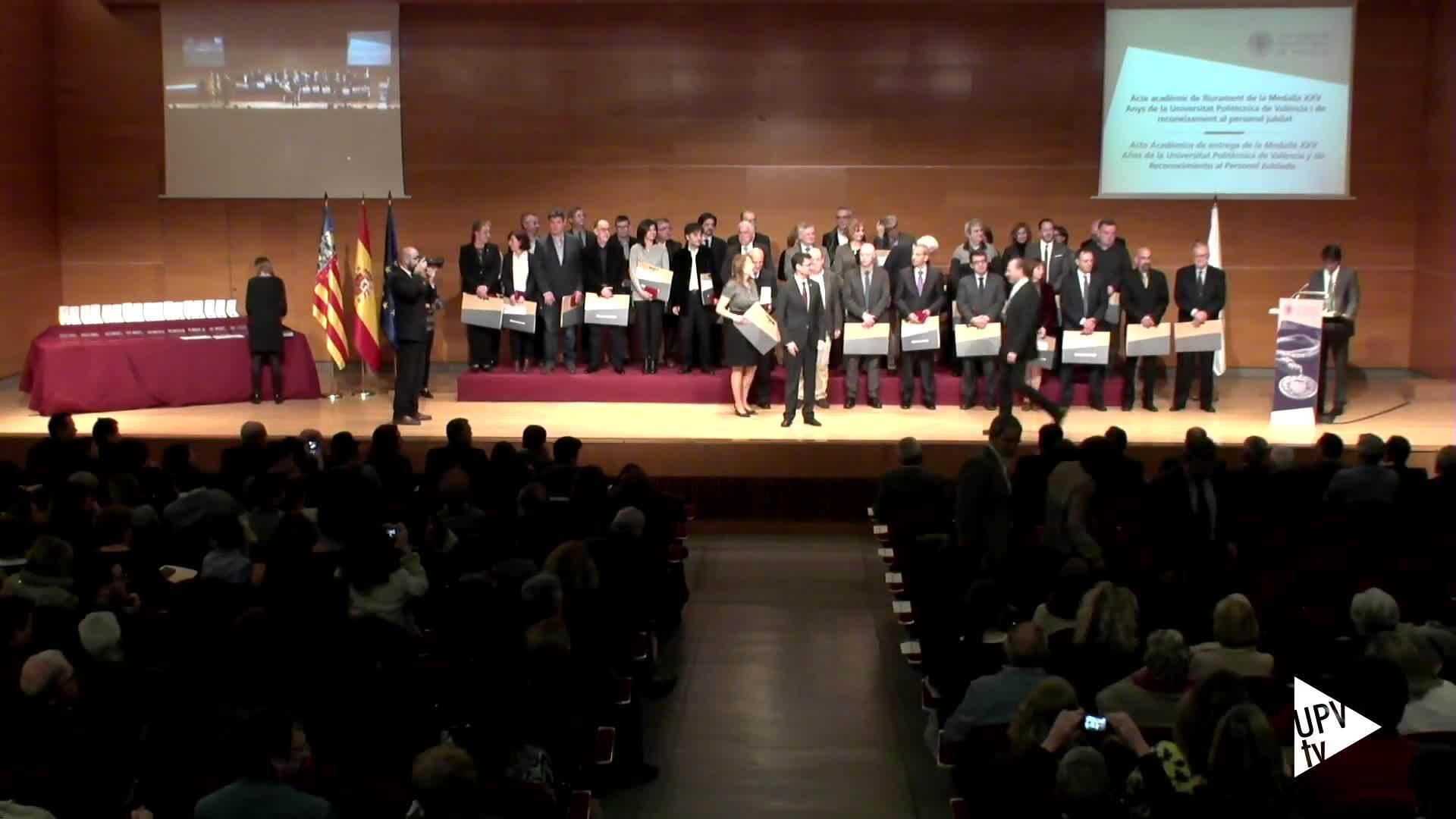01-03-2016 Homenaje a jubilados y entrega Medalla XXV años UPV