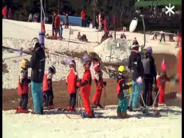 Professors, parc infantil i snowboard a La Molina