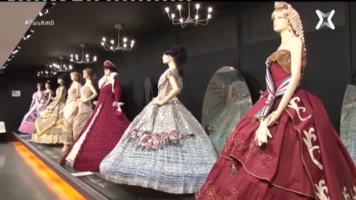 El Museu de vestits de paper
