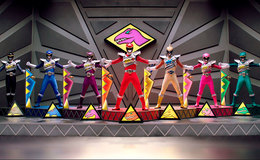 Imagen de Power Rangers Dino Super Charge en Atresplayer