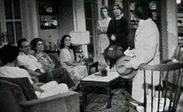 Imagen del vídeo Arxiu TVE Catalunya - Les nits de la tieta Rosa - Qui és el mort de l'escala?
