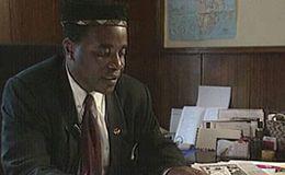 Imagen del vídeo Ropa usada, negocio sin fronteras